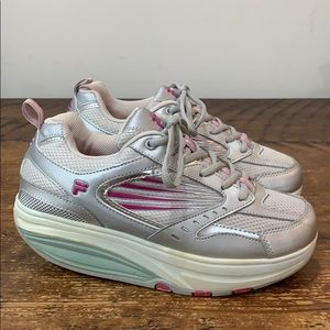 FILA Walk and Sculpt Sneakers Shoes  Size 8